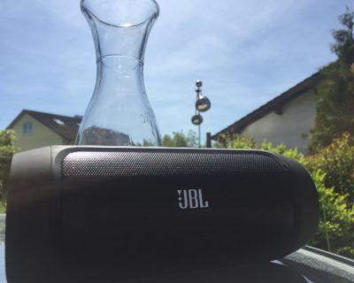 JBL Charge Sonnenschein